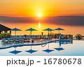死海のサンセット(ヨルダン、死海東岸) 16780678