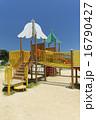 子供 公園の遊具 16790427
