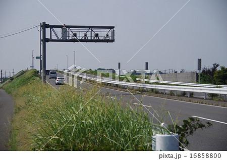 伊勢崎市上武道路LHシステム(下りのみスマークから北へ400メートル)両毛線陸橋手前 16858800