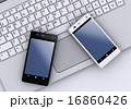 スマートフォンとノートパソコン 16860426
