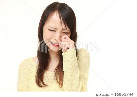 号泣する女性の写真素材 [16901744] - PIXTA