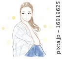 カジュアルな服装の女性 16919625