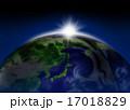 太陽光 光 太陽のイラスト 17018829
