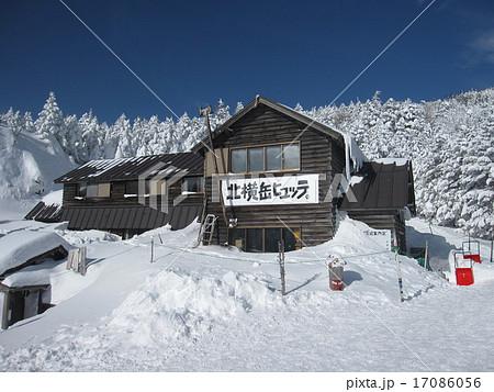 北八ヶ岳 縞枯山 雪山 ピラタス 北横岳 スノーハイク 17086056