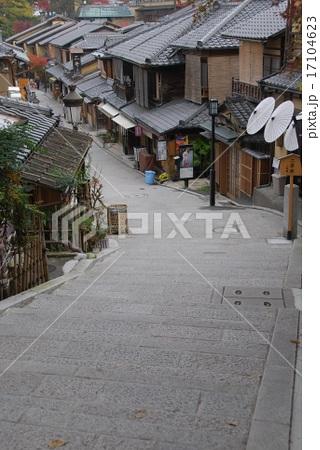 三年坂@京都東山 (Sannen-zala sloping path, Kyoto.JAPAN)