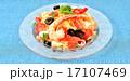 夏の「冷製パスタ(トマトとモッツァレラチーズとエビ)」イメージ。 17107469