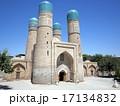 ウズベキスタンの世界遺産ブハラ歴史地区にあるチョル・ミナル 17134832