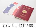 パスポートとフランス国旗 17149661