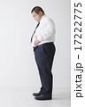 スーツを着た中年男性 17222775