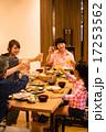 シニア 夕食 団らんの写真 17253562