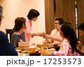 シニア キッズ 食事の写真 17253573