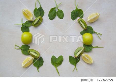 Green smoothie ingredients background.の写真素材 [17282759] - PIXTA