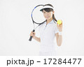 テニスをする女性 17284477