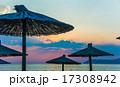 浜辺 夕日 夕焼の写真 17308942