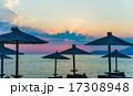 浜辺 夕日 夕焼の写真 17308948