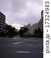 道路と団地 17324983