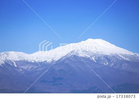 山形県側から見た鳥海山 17338073