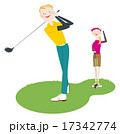 ゴルフをする男女 17342774
