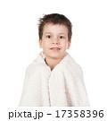 少年 タオル 子供の写真 17358396