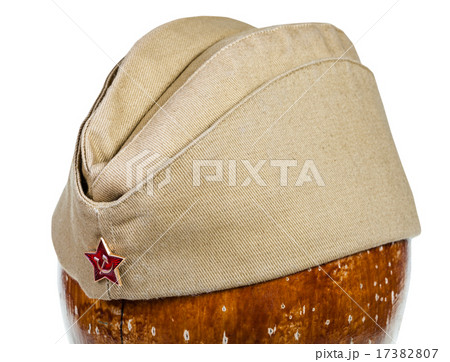 military green garrison cap with soviet red starの写真素材 [17382807] - PIXTA