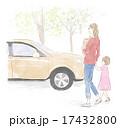 車で買い物にきた親子 17432800