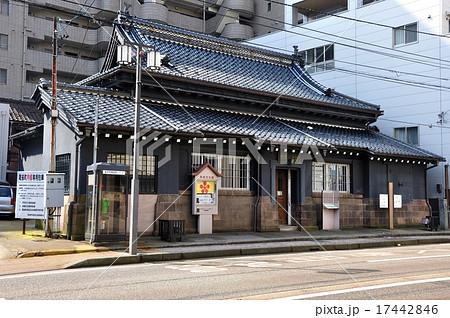 金沢市尾張町 町民文化館全景 17442846