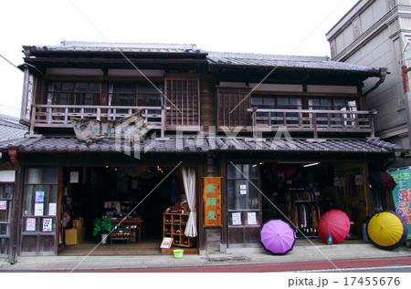 小江戸佐原・傘のある風景 17455676