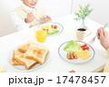 朝食 子供 男の子の写真 17478457
