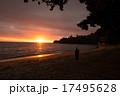 夕暮れの海 17495628