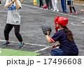 ソフトボール バッターとキャッチャー 17496608