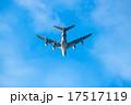 飛び去る飛行機2 17517119