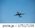 飛び立つ飛行機6 17517136
