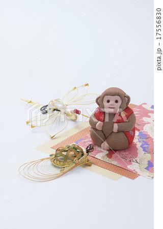猿の人形と水引の写真素材 [17556830] - PIXTA