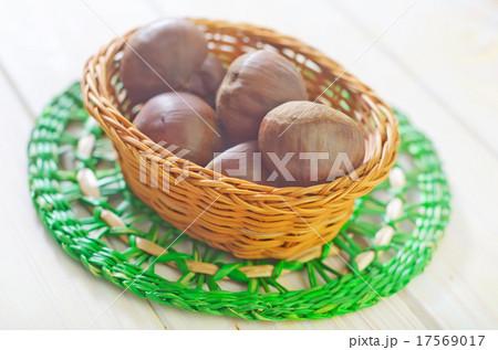 chestnutsの写真素材 [17569017] - PIXTA