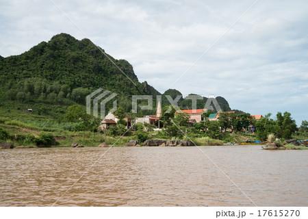 世界自然遺産 ベトナム フォンニャケバン国立公園 フォンニャ洞窟 17615270