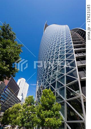 名古屋駅前都市風景 スパイラル・タワーとツインタワー 笹島交差点 17623185