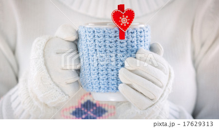 Knitted wool cupの写真素材 [17629313] - PIXTA