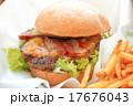 おいしいハンバーガー 17676043