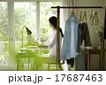 アジア人 自宅 家事の写真 17687463