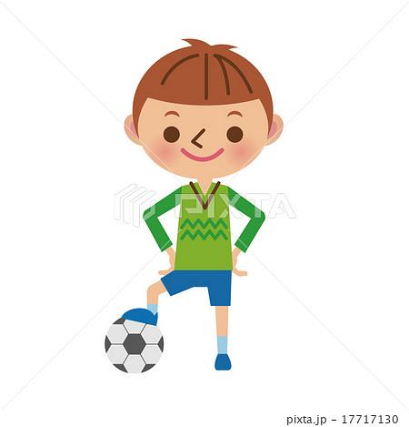サッカーボールで遊ぶ男の子 17717130