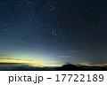 甲斐駒ヶ岳から昇る冬の星座と富士山・鳳凰三山 17722189