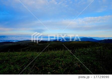 車山高原の朝 (60) 17729090
