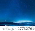 北アルプス・秋の白馬岳から 昇るオリオン座 17732701