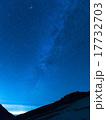 北アルプス・秋の白馬岳から 沈む天の川 17732703