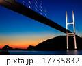 女神大橋の夕暮れとライトアップ 17735832