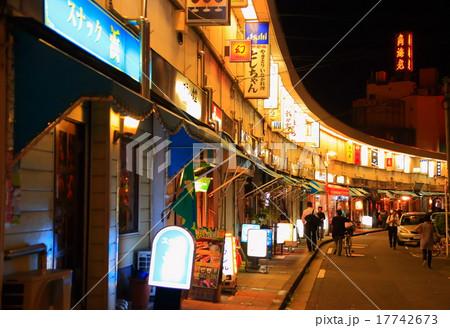 夜の野毛・都橋商店街 17742673