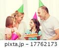 家庭 ファミリー 家族の写真 17762173