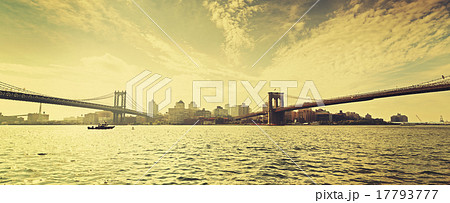 Old film retro style New York waterfront view, USA