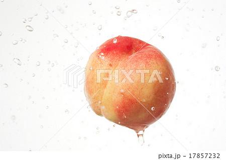 桃 シズル感 17857232