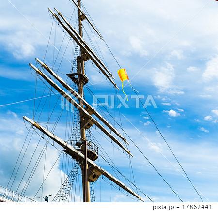 船のマストとカイト 17862441